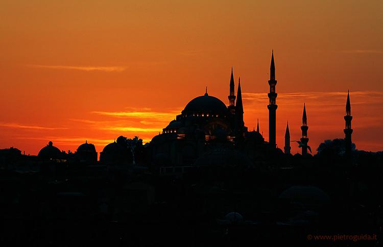 Istanbul, Santa Sophia pietroguida.it