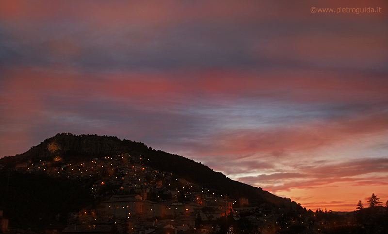 Tagliacozzo, tramonto di Pietro Guida